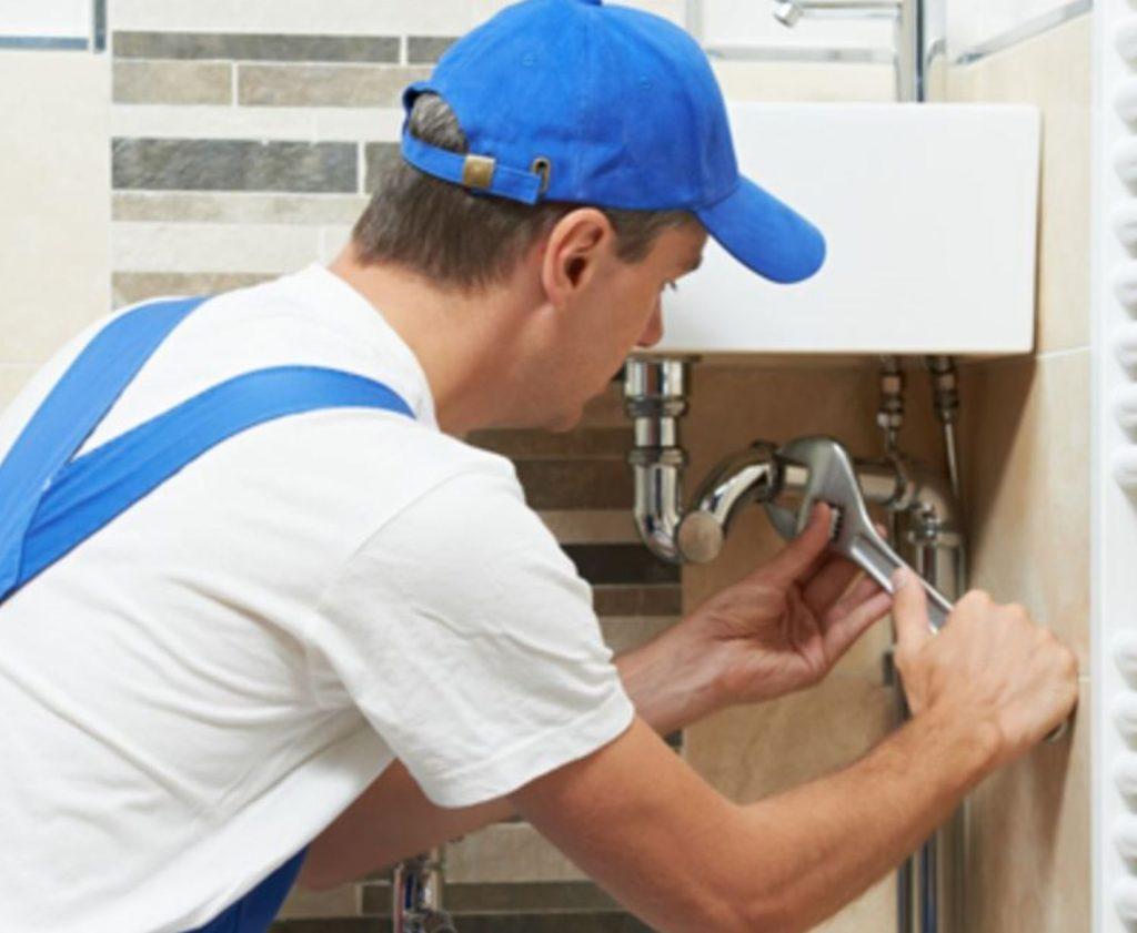 When it comes to restaurant plumbing services, don't trust an amateur.